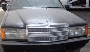Mercedes190D