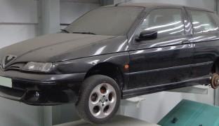 Alfa Romeo 145 2000 1.4