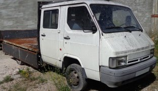 Nissan Trade1996 3.0