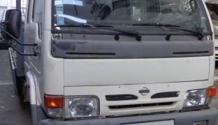 Nissan Cabstar 110_99 1999