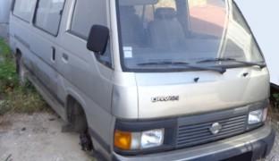 Nissan Urvan 9L 1996 2.5
